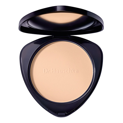 Image of   Dr. Hauschka Compact Powder 02 Chestnut - 1 stk